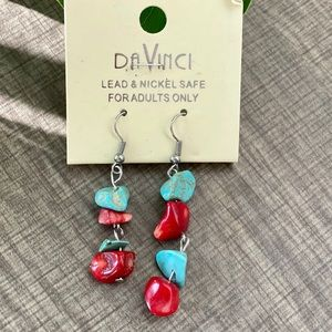 NWT GORGEOUS PEBBLE DROP EARRINGS